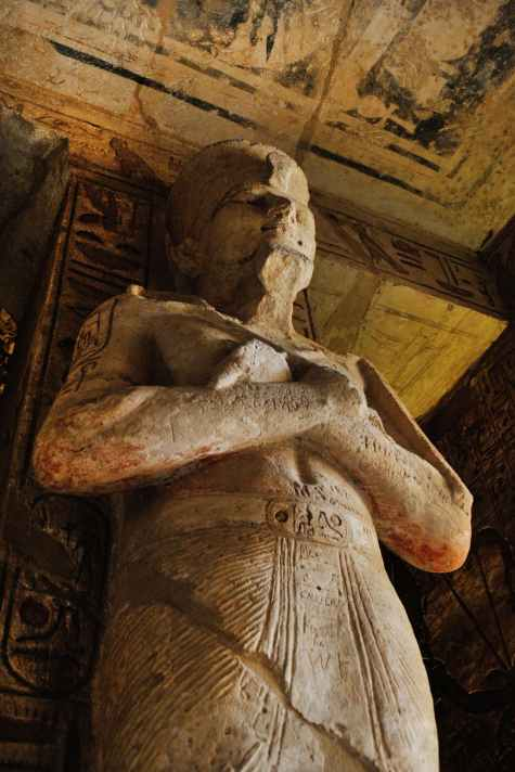 mummy sleeping statue